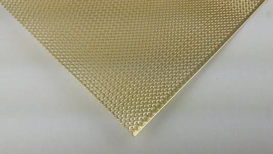 step plate / perforated plate