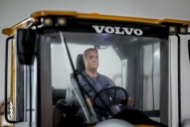 Loader driver Thore